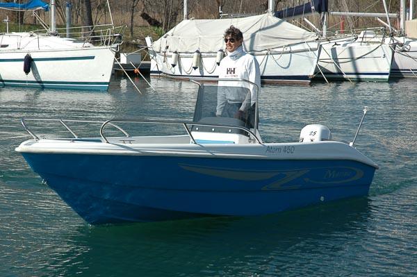 Atom 450 barca a noleggio Sistiana Villaggio del Pescatore Marina Timavo