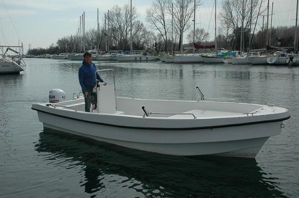 barca J & J 5 a noleggio Duino Villaggio del pescatore Marina Timavo